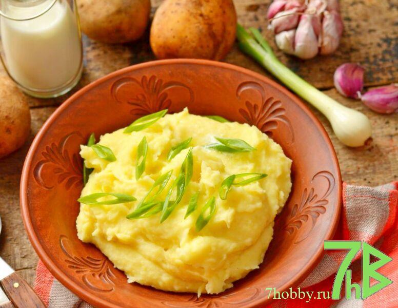 Воздушное картофельное пюре со сметаной вместо молока